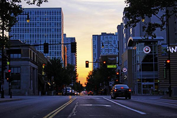 UIUC的Green Street商业街