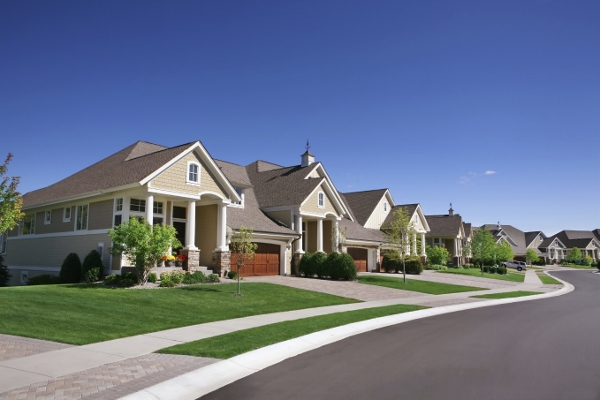 被Zillow评为房价最亲民的十大城市中,有7个城市的房价中位数低于全美房价中位数(196,500美元)