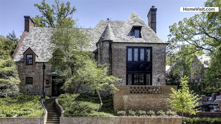 外媒:奥巴马夫妇810万美元买房定居华盛顿