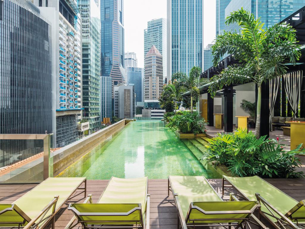 """新加坡实施多年的楼市""""辣招""""已见成效,预料到今年底楼价仍会持续温和下跌"""