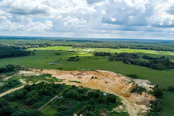 投资中佛罗里达州带泥矿土地,获得超过200%的现金回报 | 美国