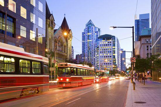 抛售成潮 多伦多华人区房价2月陡降19% | 加拿大