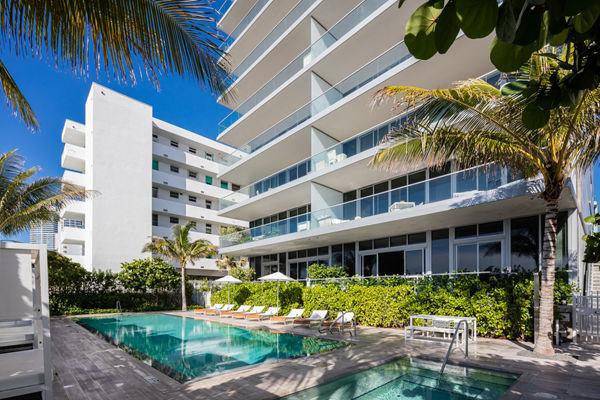 迈阿密海滩海滨住宅:名师打造舒适生活、无敌美景令人心醉 | 美国