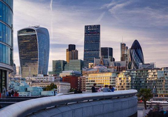 脱欧冲击楼市!伦敦房价持续低迷   英国