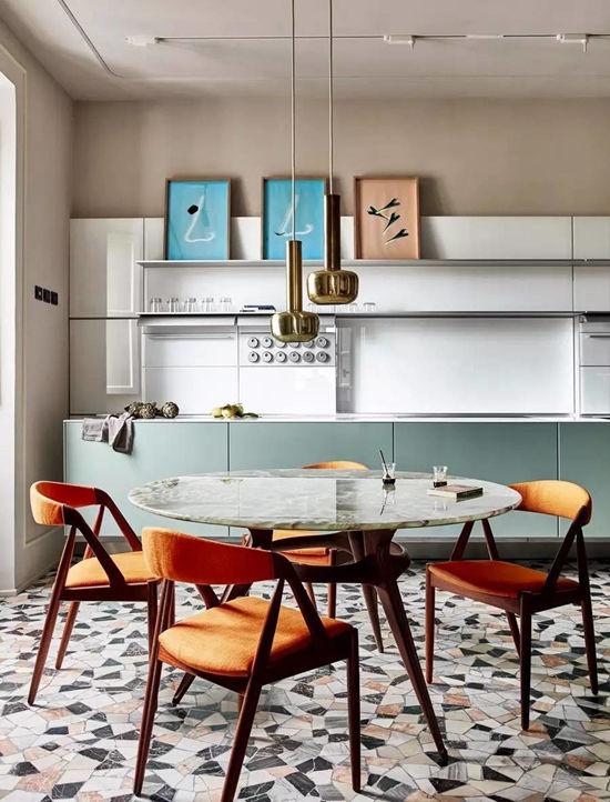 罗马融合了不同时代、不同风格的色彩之屋   海外
