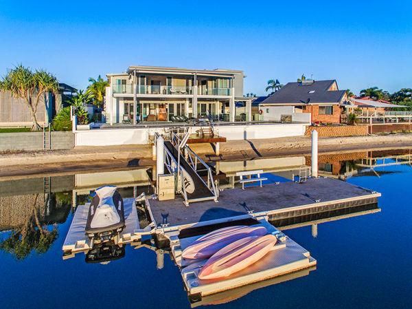 阳光海岸绝佳海滨住宅:设计者的心血之作,未来升值潜力巨大 | 澳洲