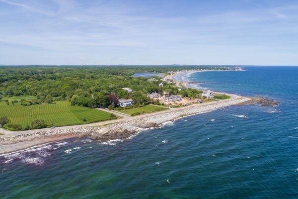 新罕布什尔海岸首屈一指的庄园式豪宅,独享私密幽静坐拥无敌海景 | 美国
