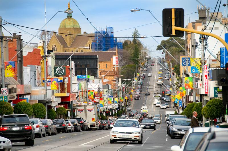 墨尔本内东部是传统的好区,坎伯韦尔区的房价比北区或西区高得多