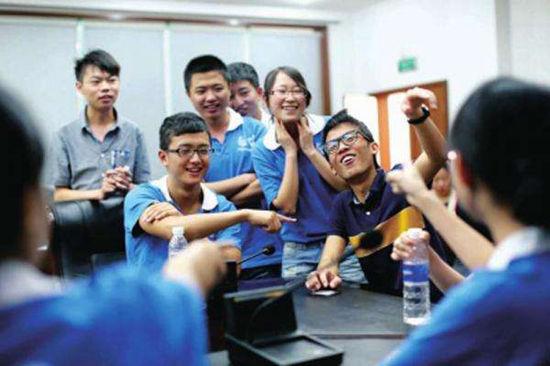 中国香港大学本科留学申请条件有哪些?