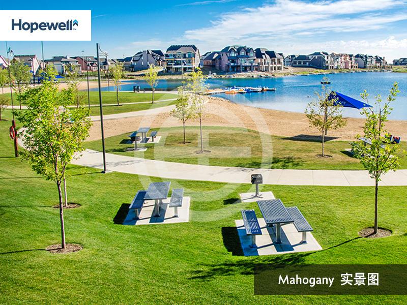 Mahogany湖畔社区环境优美,也靠近一切生活所需