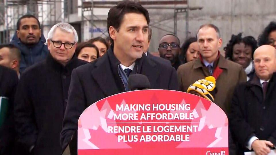 加拿大总理杜鲁多11月22日下午走访多伦多一个社区,并公布全国房屋政策计划的细节