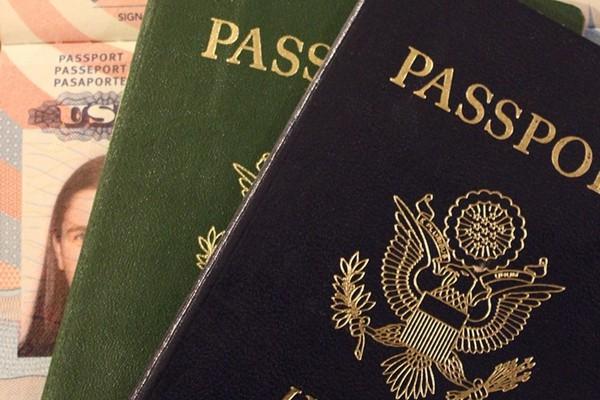 英丶美丶加等西方国家均允许并承认双重国籍