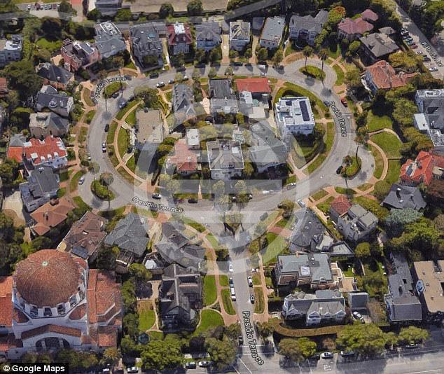"""谷歌地图上看""""普雷西迪奥-特雷斯""""(Presidio Terrace)街道"""
