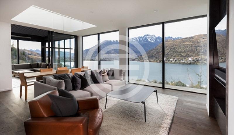 居外网预计,禁止外国人买房禁令实施前,中国买家将加速在新西兰购房。图为新西兰奥塔哥皇后镇的新建物业(点击图片查看房源信息)