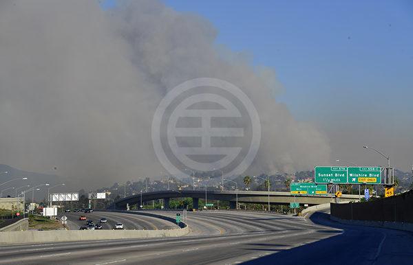 405高速在10号和101高速间9英里路段临时关闭