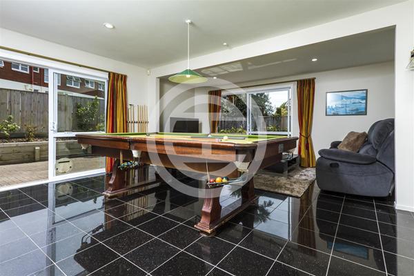 奥克兰北岸富人区景观大宅,好学校、好环境、好地段一应俱全   新西兰