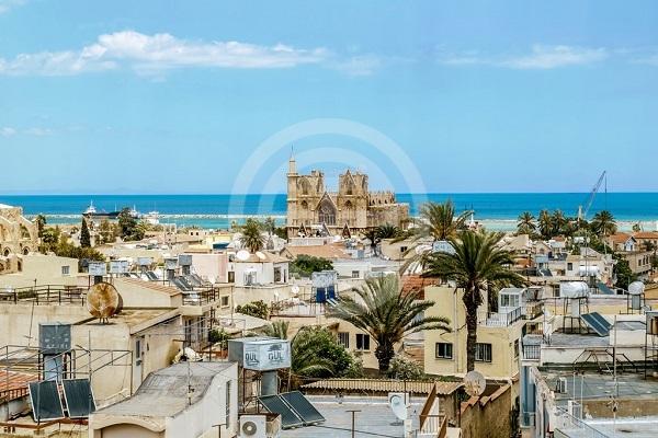 去年10月,塞浦路斯东岸城市法马古斯塔的海外买家购房量同比暴涨130%