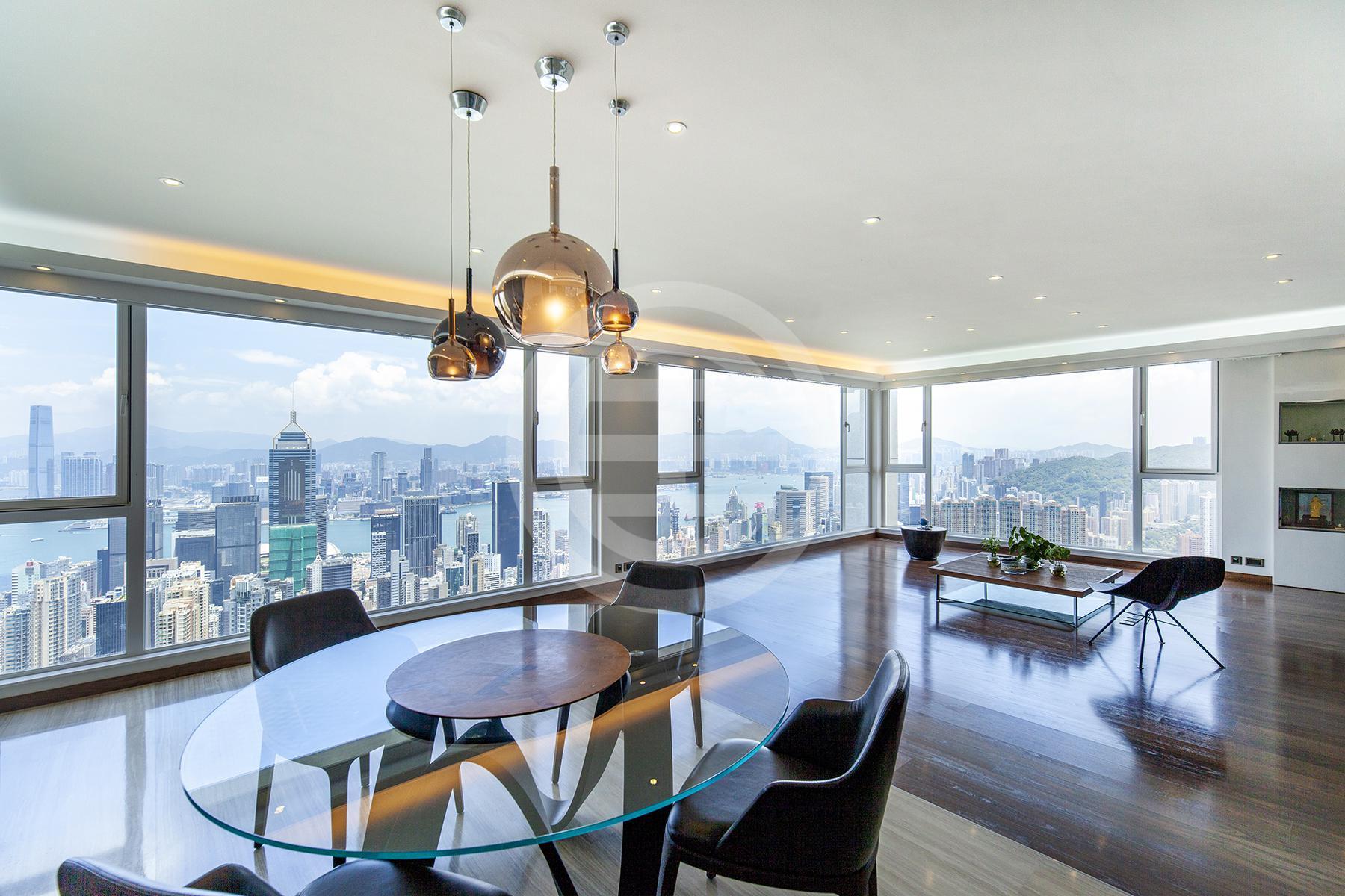 居外精选香港房源1:东半山白璧6卧3卫豪华公寓,享有全海港和马场景观。(物业编号:39851918)点击查看房源更多信息