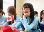 """教育资源被急速增多国际学生""""稀释"""" 加拿大重审招生指标"""