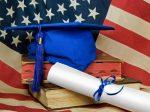 """中国留学生成了""""香饽饽""""?为了留住美国大学还买保险"""