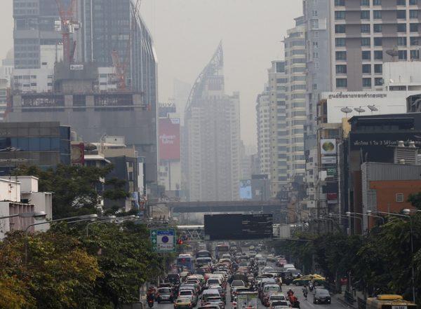 曼谷雾霾停课两天 盼能减轻空污负担