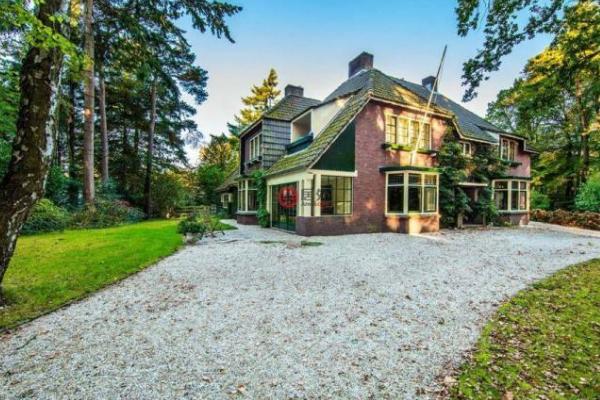 荷兰房价多少钱一平