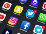 美国签证新规:需提供社交媒体账号 影响71万移民申请者