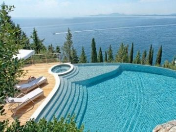 别犹豫了,这个希腊小岛应该成为你的下一个旅行地!|居外精选