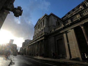 英国央行紧急降息 希望能以刺激经济恢复 - 热点